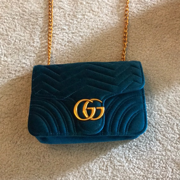 960fb8d0f5 Handbags - FAKE Gucci bag- Not Authentic!
